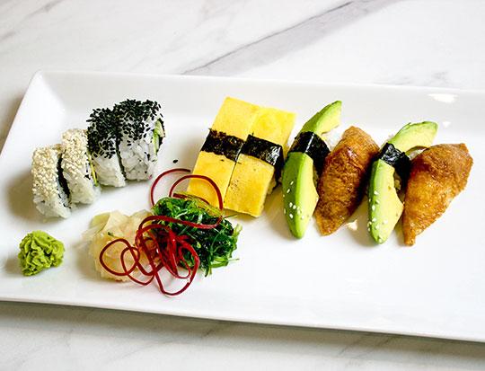 70.vegetarisk-sushi-10-bitarvegetables-web